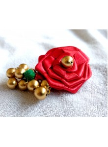 red rose saree pin