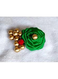 green rose saree pin