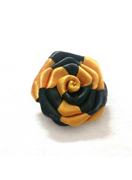 black and golden rose saree pin